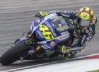 Valentino Rossi firma un nuovo contratto con Yamaha
