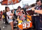 Marc Marquez dà un passaggio ai suoi tifosi