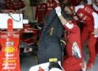 Mercedes davanti, ancora una penalità per Vettel