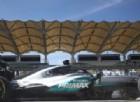 Rosberg attacca, Hamilton gli risponde. Ferrari subito dietro