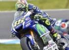 Rossi scatenato, Lorenzo imbambolato: «Rischio l'anno peggiore»