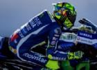 Il primo test di Rossi con la nuova moto dura dieci giri: «Poi la caduta»