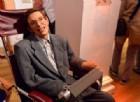 Stephen Hawking ritiene che l'umanità scomparirà a causa della prigrizia