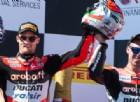 Chaz Davies e Marco Melandri sul podio di gara-2 a Phillip Island