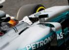 La W08 in pista con Lewis Hamilton negli ultimi test di Barcellona