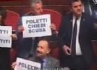 Dura, sebbene ironica, presa di posizione della Lega nord in Senato, dove il capogruppo Gian Marco Centinaio ha chiesto le dimissioni del ministro del Lavoro, Giuliano Poletti con tanto di cartelli e pallone da calcetti in regalo