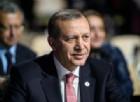 Erdogan celebra la vittoria in un referendum contestato