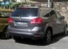 Firenze: il Suv del sindaco parcheggiato sulle strisce e sulla rampa per disabili