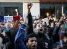 Francia, scontri alla Bastiglia tra polizia e antifascisti