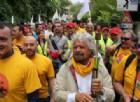Marcia reddito cittadinanza, il corteo M5s Perugia-Assisi: «Noi pensiamo alle famiglie»