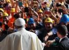 Genova abbraccia il Papa: «Il cristiano è un missionario mite e creativo»