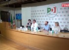 Renzi sbotta all'assemblea del Pd: «Segui le regole e che c...o!», poi prende e se ne va