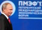Putin dal Forum di San Pietroburgo accusa gli Usa di isteria: «Vi serve un calmante!»