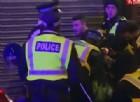 Londra, affronta a mani nude i terroristi. I «buonisti» Usa: è xenofobo, arrestatelo