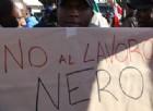 Immigrati protestano contro il lavoro nero a Rosarno