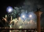 Venezia, la Festa del Redentore fa brillare la città