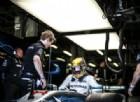 Hamilton parte bene, inseguono le Ferrari