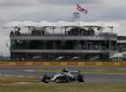 Bottas vola, Hamilton pasticcia. Ma spunta un altro rivale per la Ferrari