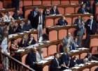 Vitalizi, bagarre Pd-M5s in Senato. Zanda: «Metodi da regime»