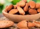 Mandorle, fanno bene per il colesterolo