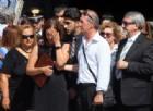 Barcellona, lacrime e dolore ai funerali di Bruno Gulotta. Ma il prete chiede di diffondere speranza