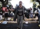 Migranti a Roma, Siulp: «Da polizia equilibrio e umanità». Ma da associazioni polemiche: «Vergogna»