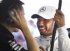 Hamilton sente il fiato sul collo: «La Ferrari si è avvicinata»