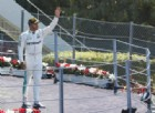 Ferrari favorita? Hamilton se ne frega: «Vinco anche qui»