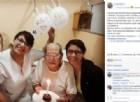 Va in ospedale fingendo un forte mal di testa, ma non voleva stare da solo per il suo 84esimo compleanno