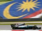 Hamilton ringrazia i guai di Vettel: «Non speravo nella pole»