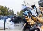 (GALLERY) Il corteo anti G7 arriva a Venaria, scontri con la polizia: le immagini