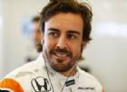 Alonso stuzzica ancora: «Io e Hamilton meglio di Vettel»