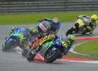Valentino Rossi, niente da fare: «Sull'acqua Yamaha pericolosa»