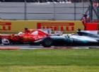 Vettel prova a fermarlo a ruotate, ma non ce la fa: Hamilton campione