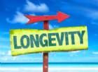 Vuoi vivere fino a 100 anni? Fregatene di quello che pensano gli altri