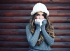 Dietrofront: l'influenza non si trasmette con tosse e starnuti. Basta respirare