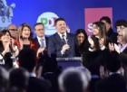 L'appello di Renzi a moderati: non consegnatevi a Salvini, pupillo di Marine Le Pen