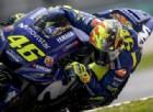Valentino Rossi rimette il casco del suo primo titolo... 20 anni dopo