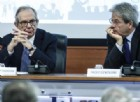 Gentiloni e Padoan cantano vittoria: Italia ha smesso di essere un problema, il peggio alle spalle