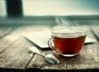 Tumore all'esofago: potrebbe essere colpa del tè (o caffè) bollente