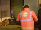 Aiuto per i clochard: protezione civile gira la città per assistere i senzatetto