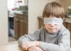 La storia di Christian, il bambino nato senza occhi