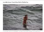 Turista partorisce nel Mar Rosso e le immagini fanno il giro del web