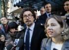 Grillo e Toninelli scrivono a Berlusconi: parlamentari M5s non in vendita, faremo vincolo di mandato