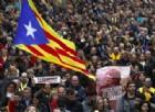 Feriti e proteste: 55mila catalani in piazza dopo l'arresto di Puigdemont