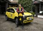 Rovazzi con la Fiat Panda City Cross colora di giallo Milano