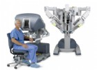 Ecco la console robotica che ha salvato una paziente dal cancro all'intestino