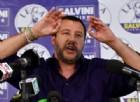 Salvini apre ai 5 stelle: «Governiamo insieme fino a dicembre»