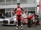 Il campione di motociclismo Checa correrà sulle quattro ruote