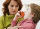 Asma, un bambino su 2 non è sotto controllo. Le 6 domande per capire se è a rischio di un attacco asmatico